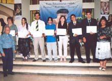 Centro Educacional de Adultos de Lo Cañas gradúa a 46 personas
