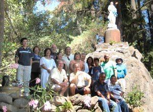 Ex aspirantes de Macul reemplazaron imagen de la Virgen de Las Peñas