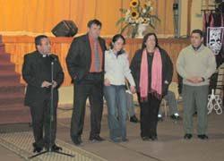 Familia de joven fallecido en las vacaciones y Seremi de Educación participaron en la inauguración del año escolar del IDB