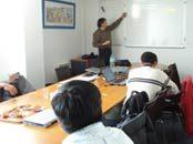Visitas a grandes empresas y nuevos conceptos educacionales son parte de la experiencia en Francia de docentes y directivos del CFT
