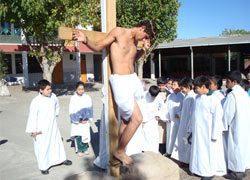 Vía Crucis en la presencia salesiana de Linares