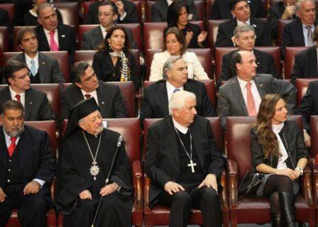 """Mons. Goic: """"el tema del salario digno sigue pendiente"""""""