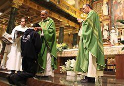Compromiso por los jóvenes, nuevos contextos y nuevos evangelizadores