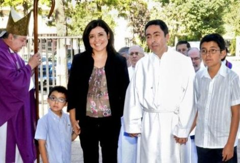 Portavoz de la CECh recibió ministerios del Lectorado y Acolitado