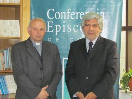 Convenio entre Area Eclesial CECh y la UCSH