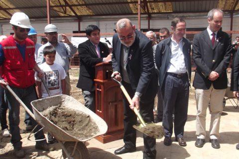 Comienza la reconstrucción del templo de la Parroquia Salesiana de Linares