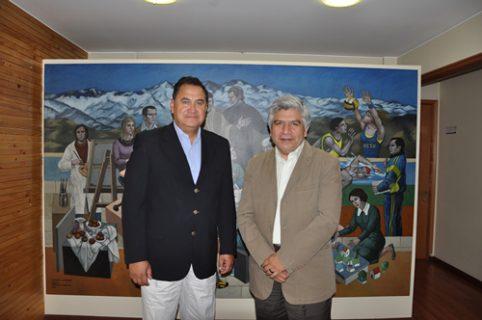 Visita del Alcalde de Isla de Pascua