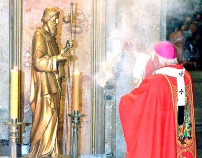 Misa de desagravio de la Catedral Metropolitana