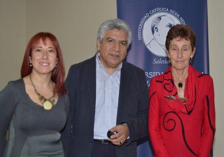 Rector presentó libro sobre familias fragilizadas en Chile