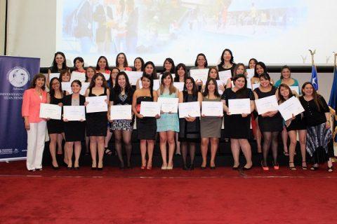 Titulaciones: 240 estudiantes dejaron las aulas para convertirse en nuevos profesionales