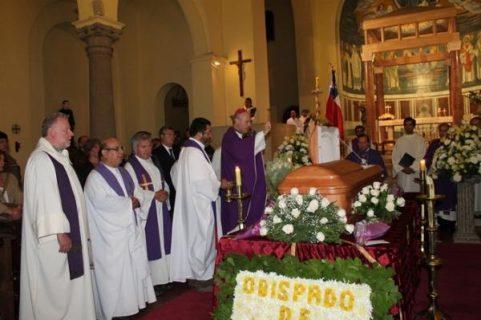 Bienvenido a Casa Monseñor Carlos Camus