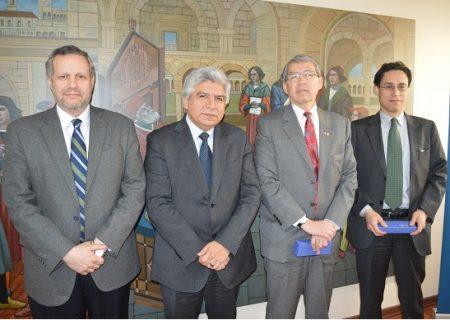 Firmado convenio de colaboración con Consulado del Perú