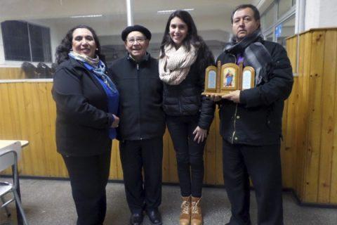 Diez personas y tres familias promesan en ADMA Santiago