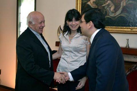 Cardenal Ezzati recibió a los Ministros de Hacienda y Trabajo