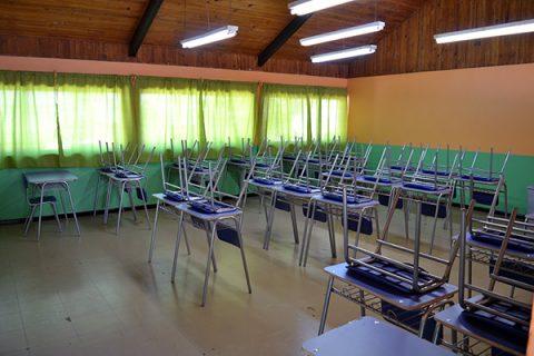 Escuela de Catemu renueva mobiliario