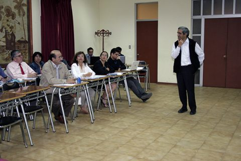 Proyecto Curricular: Qué, cuándo y cómo enseñar; y cómo evaluarlo