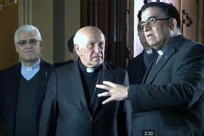 [VIDEO] Cardenal Ezzati acompaña a cdad de Alameda tras ataque a templo