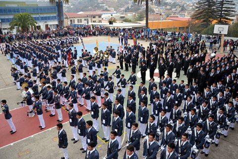 Valparaíso – Bandas de Alumnos y Ex Alumnos en Desfile a Héroes de Iquique