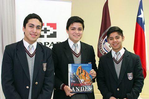 """Presentada versión en inglés del libro """"Andes Patagónicos"""" del P. de Agostini"""