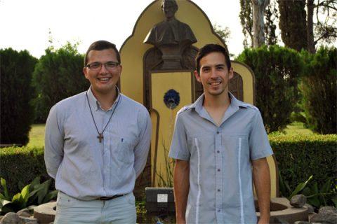 Sábado 30 de enero: Primera Profesión religiosa Boris Almonacid y Emmanuel Donoso