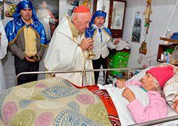 Gran expresión de fe se vivió en un nuevo Cuasimodo de la Iglesia de Santiago