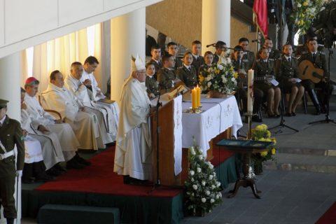 Cardenal Ricardo Ezzati preside solemne eucaristía por un nuevo aniversario de Carabineros