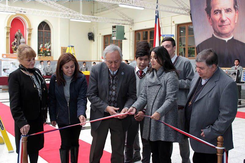 IDB: Más de 150 millones de pesos en equipamiento otorgados por proyecto del MINEDUC