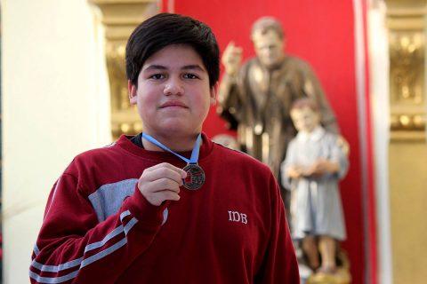 Alumno Salesiano representará a Magallanes en Torneo Nacional Escolar de Atletismo