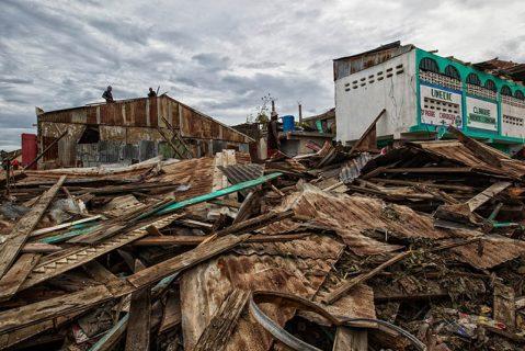 Haití: Frente a una auténtica catástrofe humanitaria los salesianos reparten comida y agua