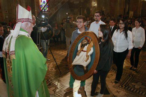 Cardenal Ezzati llama a la Iglesia a ser servidora, en culminación del Año de la Misericordia en la catedral