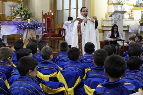 Ceremonia Betania para los alumnos más pequeños de Salesianos Iquique