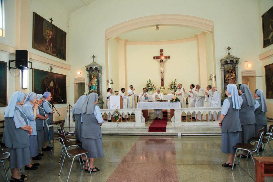 Hijas de María Auxiliadora celebraron aniversario de Bodas