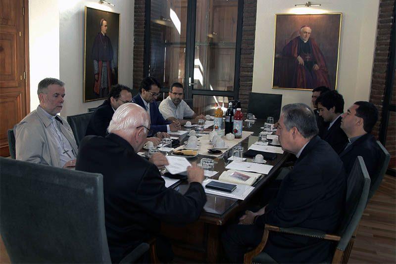 Iglesia de Santiago conforma equipo para Sínodo de jóvenes