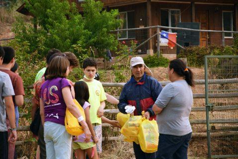 Padres, apoderados y alumnos de Talca organizan ayudas para los afectados por los incendios