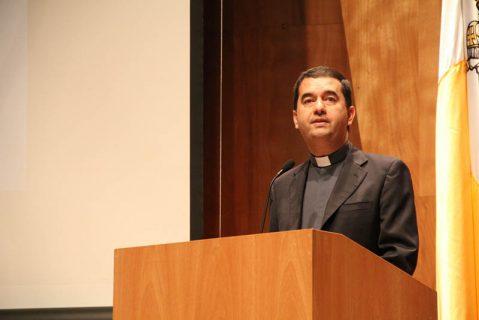 El Papa nombra Obispo auxiliar de Santiago a Mons. Cristián Roncagliolo