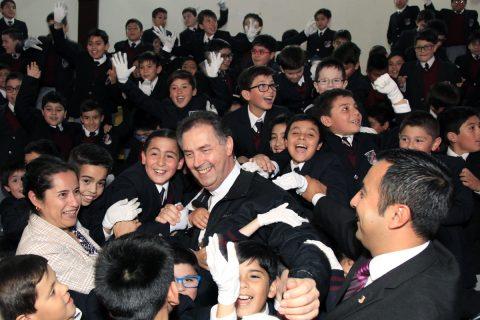 """P. Ángel Fernández a los jóvenes de Magallanes: """"Sueño que sean capaces de ser plenamente felices"""""""