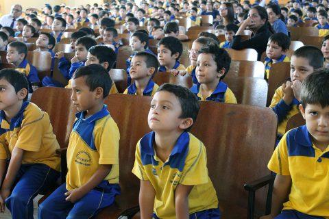 """Alumnos del Colegio Don Bosco Iquique dicen """"No al Bullying"""""""