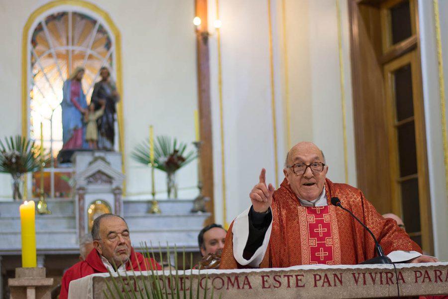 P. Juan Vecchi  celebra sus Bodas de Diamante