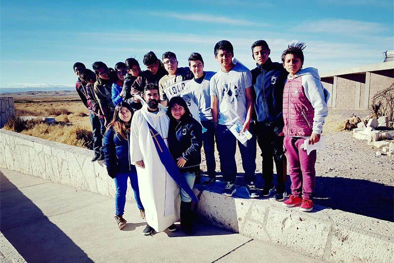 Jóvenes de Alto Hospicio y Calama participan en Jornada Vocacional Amplia
