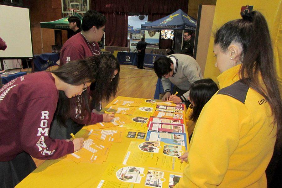 Liceo Mons. Fagnano lideró la XI Feria de Educación Superior de la Región de Magallanes