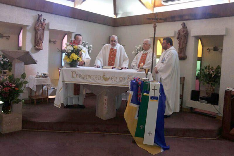 P. Mario Molina celebró 40 años de sacerdocio
