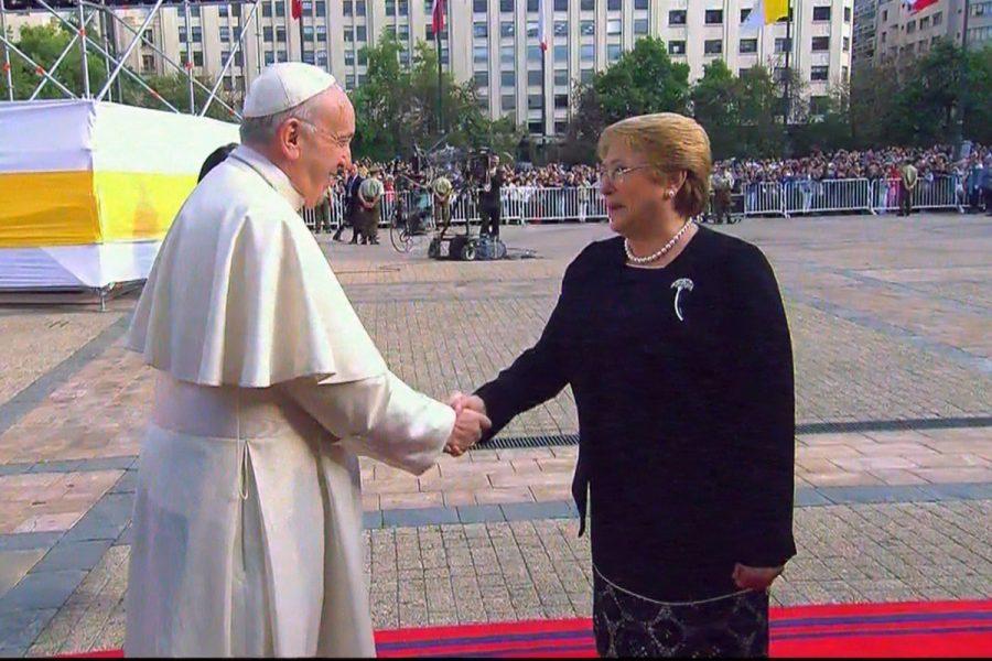 """[VIDEO] El Papa en La Moneda: """"El bien común, si no tiene un carácter comunitario, nunca será un bien"""""""