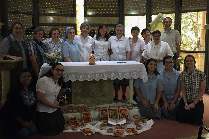 Jóvenes novicias viajan a Córdoba Argentina