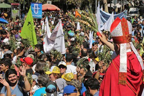 El Papa a los jóvenes: Si el mundo calla y pierde alegría, ¡ustedes griten!