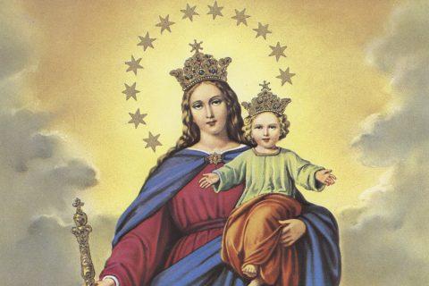 Familia Salesiana unida en oración a María Auxiliadora