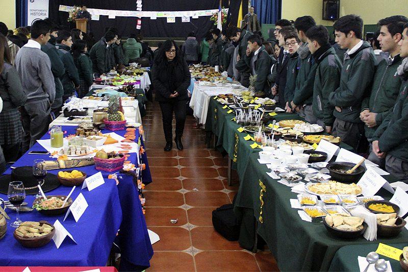 Día de los pueblos originarios en Linares