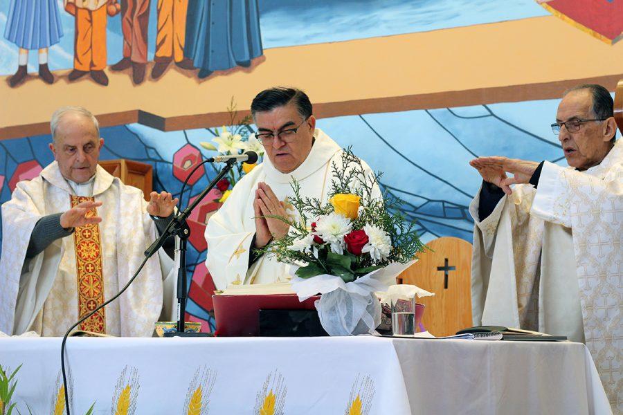 P. Juan Bustamante celebra 25 años de sacerdocio