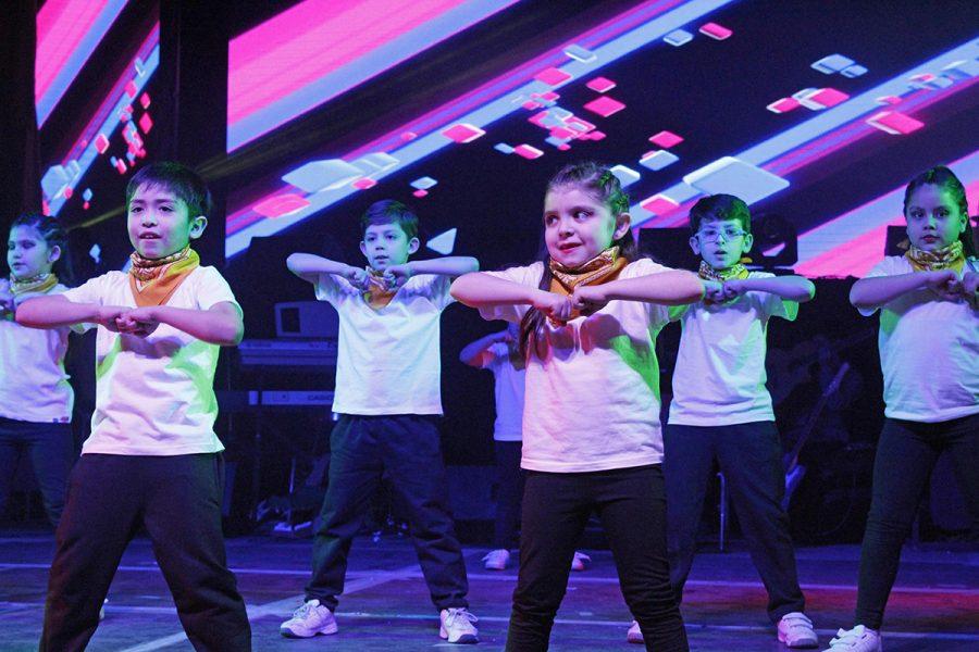 FESBO : 32 años cultivando el arte del canto y baile