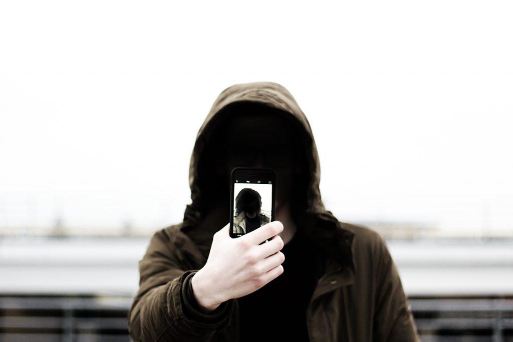 selfie-1209886
