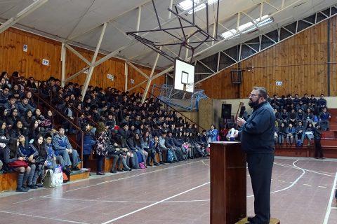 P.Carlo Lira visita Obra Salesiana de Puerto Montt